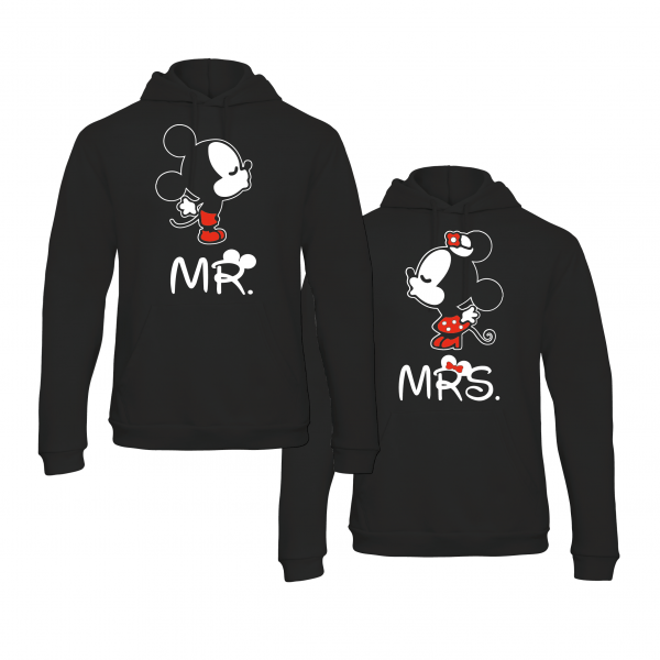Mr & Mrs Kissing